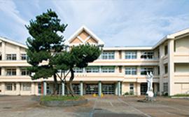 横越中学校