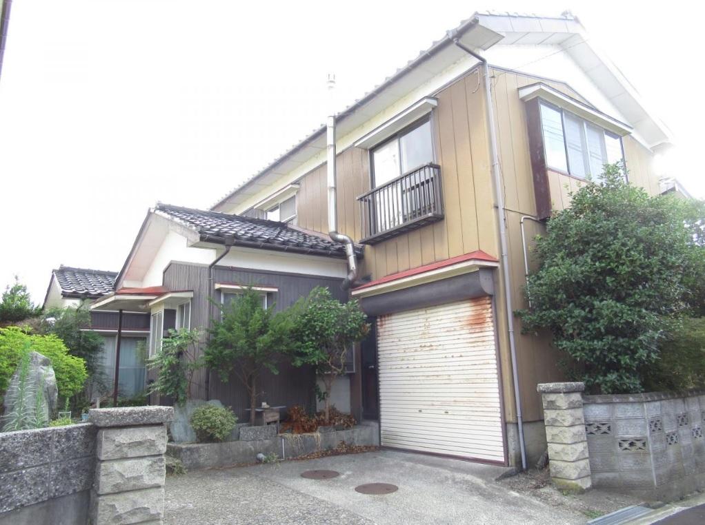 三条市桜木町の中古住宅の写真
