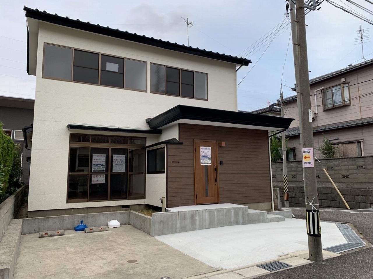 新潟市東区小金台の中古住宅の写真