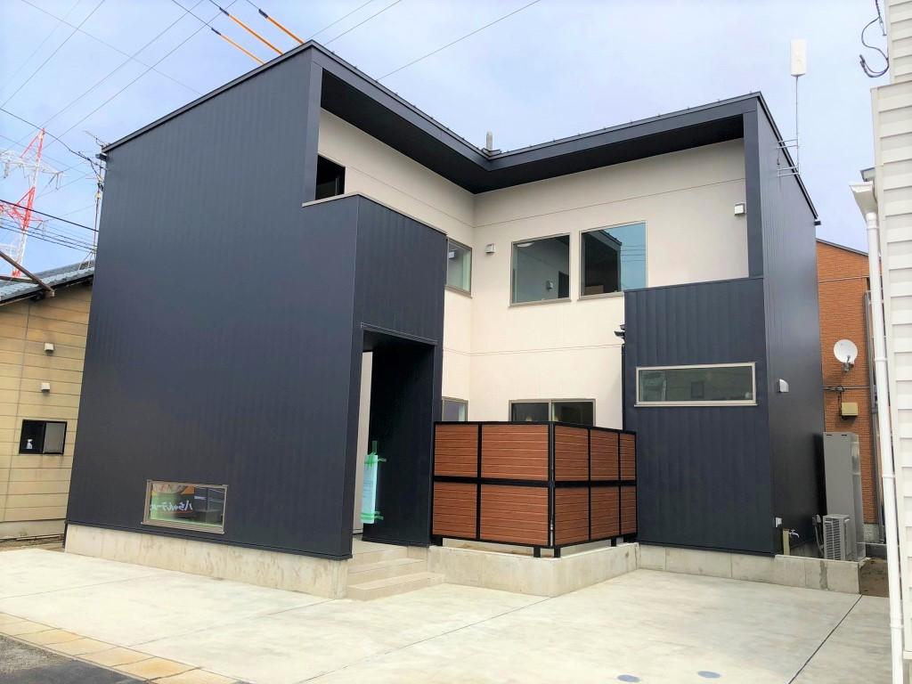 新潟市東区上木戸の新築住宅のA棟写真