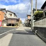 新潟市東区浜谷町の新築住宅の全面道路