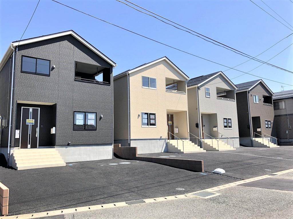 新潟市西区五十嵐の新築住宅1号棟の1号棟外観写真