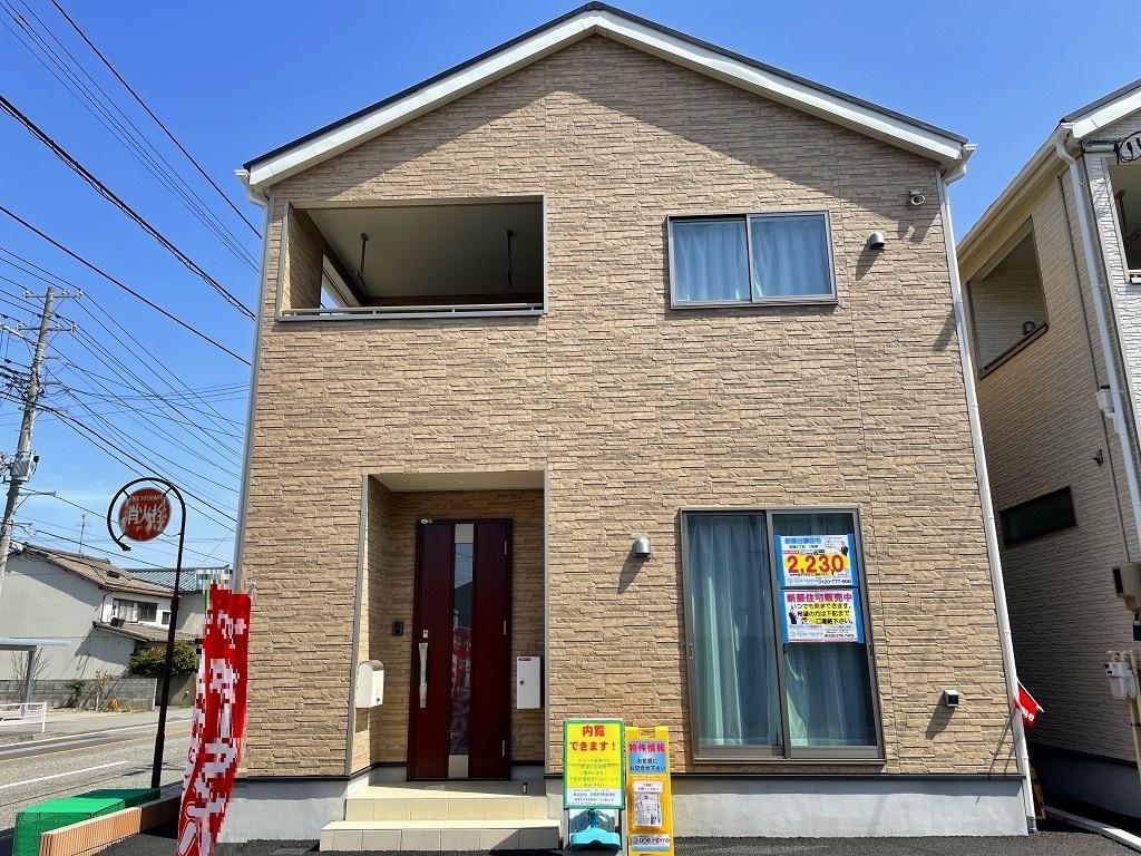 新潟市東区秋葉の新築住宅1号棟の外観写真