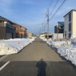 北蒲原郡聖籠町の新築住宅の前面道路写真