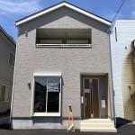 新潟市東区臨港の新築住宅の外観写真