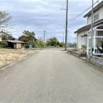 燕市砂子塚の土地の写真(前面道路)